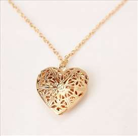 ZLATNO SRCE - ogrlica sa priveskom u obliku srca