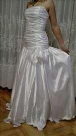 Prodaja venčanica preko 50 modela