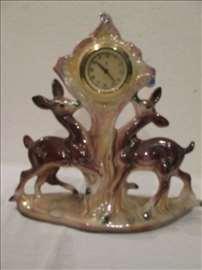 Keramički, mehanički, kaminski sat