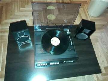Gramofon i dvokasetaš sa zvučnicima