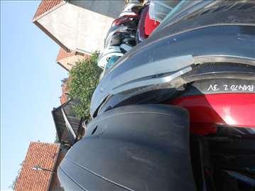 Fiat Punto 2 zadnji branik