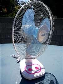 Ventilator stoni sa 3 brzine tajmerom