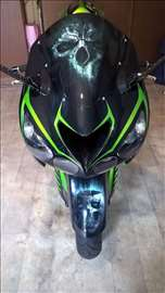 Airbrush oslikani i ofarbani delovi motocikala