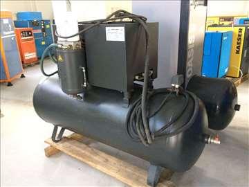 Vijčani kompresor na rezervoaru