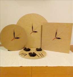 Podloge za zidne satove sa mehanizmima