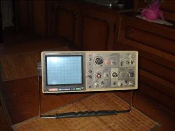Oscilloscope Hitachi V-12 20Mhz Dual Channel