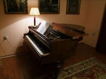 Polukoncertni klavir - Alois Kern[Becka mehanika]