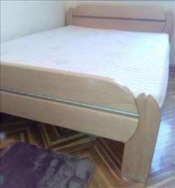 Krevet i dušek 140 x 200 cm