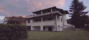 Sobe za izdavanje na Srebrnom jezeru,Vila Reljic