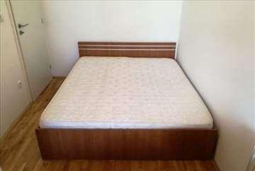 Bračni krevet sa dušekom 160x200cm
