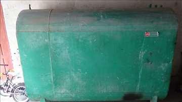 Cisterna za naftu ili benzin