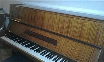 Pianino Petrof - očuvan