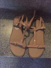 Prodajem Mango sandale