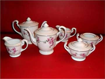 Dva seta za čaj