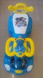 Šetalica za decu plava