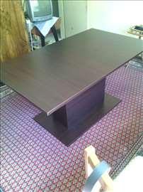 Prodajem hitno trpezarijski sto!!!