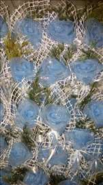 Plavi cvetovi za svatove