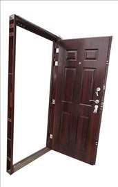 Sigurnosna metalna ulazna vrata