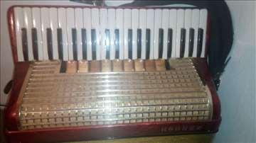 Hohner Melodija Verdi IIIM 120 basa