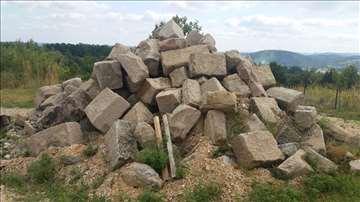 Tesani kamen
