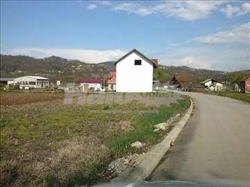 Plac u Arilju 5x10 ari na Ivanjickom putu