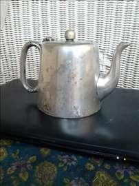 Srebrni čajnik