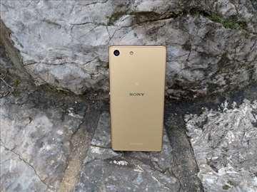 Sony Xperia M5, star 3 meseca