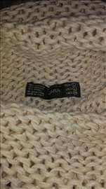 Zara džemper, 38
