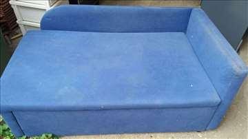 Plavi krevet za spavanje