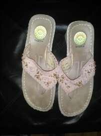 Papuča-japanka sa platformom