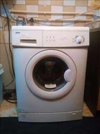 Prodajem neisparavnu veš mašinu ZANUSSI  ZWF145W