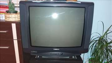 Samsung TV dijagonala 68cm