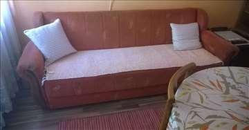 Hitna prodaja kauča