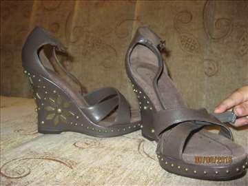 Sandale br. 35