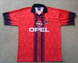 Dres FK Milan (AC Milan)