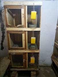 Na prodaju drveni kavezi za zečeve-korišćeni