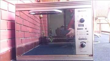 Ugradna rerna sa mikrotalasnom peći