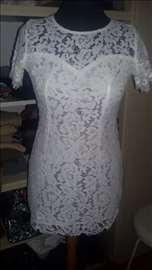 Bela haljina od čipke