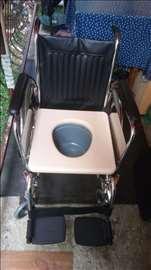 Invalidska i toaletna kombinovana kolica