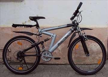 Vrh Nemački bicikl, praktično nov, extra dizajn
