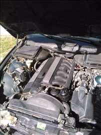 BMW 520 M52 MOTOR U Opisu