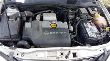 Opel astra DI 2.0 delovi motora itd