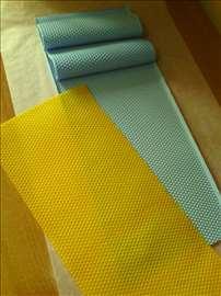 Silikonska presa za satne osnove LR vosak