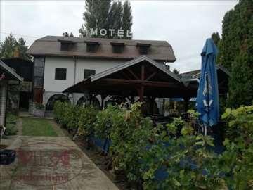 Sremska Kamenica, Prenoćište i restoran - odlična