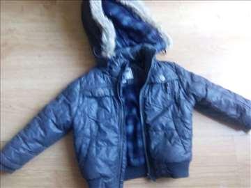 Siva zimska jakna vidi mere