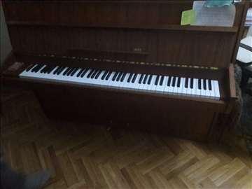 Hitno prodajem polovan pianino
