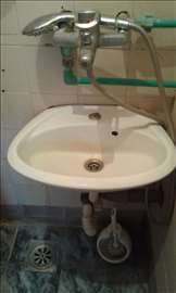 Pikolo umivaonik