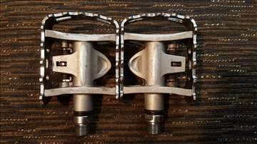 Višenamenske pedale Shimano PD-M324
