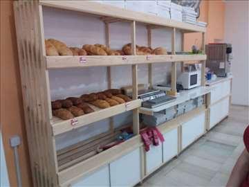 polica za hleb