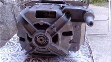 Motor za veš mašinu Siemens